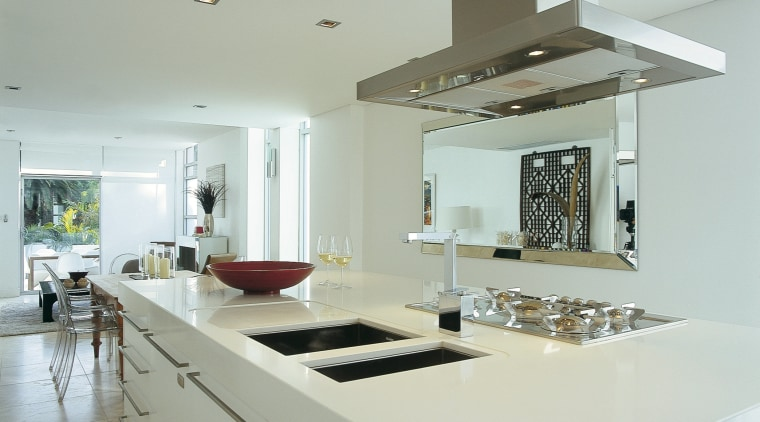 Kitchen with white cabinetry, stone benchtop and stainless countertop, cuisine classique, interior design, kitchen, gray