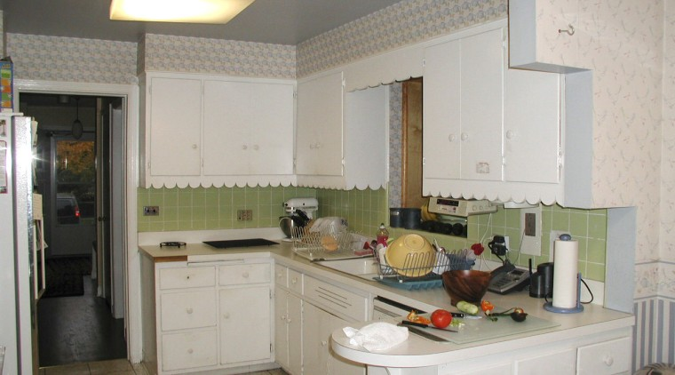 The original kitchen, part of a 1940s Georgian-style countertop, cuisine classique, interior design, kitchen, real estate, room, gray