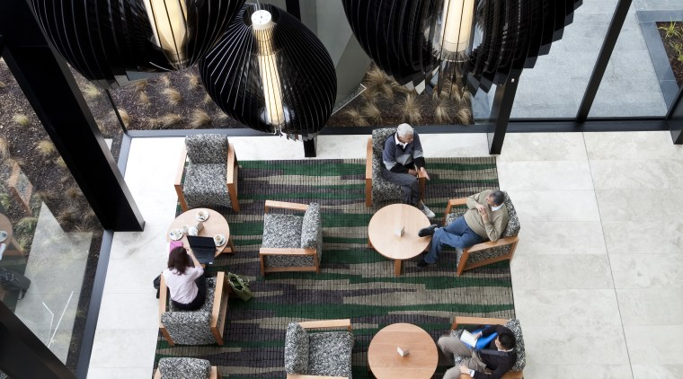 Novotel Auckland Airport - Airport hotel. Features subtle white, black