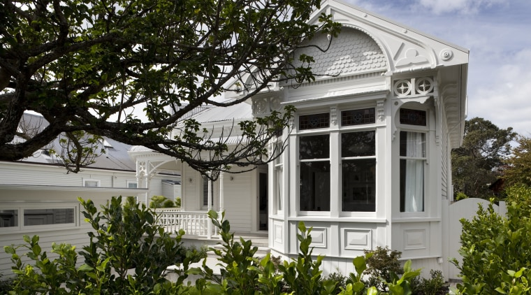 All the original character of this return-veranda bungalow architecture, building, cottage, estate, facade, historic house, home, house, mansion, plant, property, real estate, residential area, tree, window, gray, black