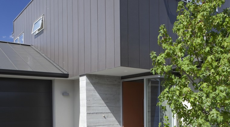 Contemporary new show home by David Reid Homes architecture, building, facade, home, house, real estate, residential area, siding, sky, gray