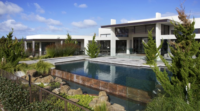 Contemporary outdoor area - Contemporary outdoor area - cottage, estate, facade, home, house, mansion, property, real estate, residential area, resort, swimming pool, villa, brown, teal