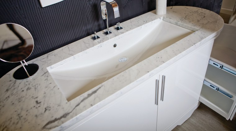 Lacava creates distinctive bathroom ware, such as the bathroom, bathroom sink, bathtub, floor, plumbing fixture, product design, sink, tap, gray, white