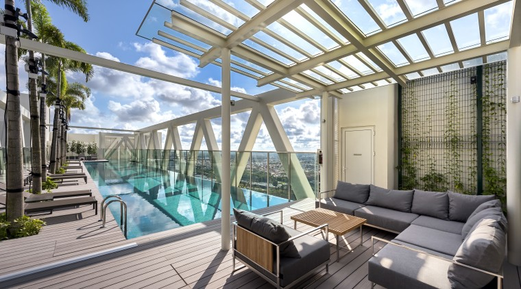 The rooftop bridge at level 38 of Sky apartment, architecture, condominium, daylighting, estate, home, house, interior design, penthouse apartment, property, real estate, roof, swimming pool, gray