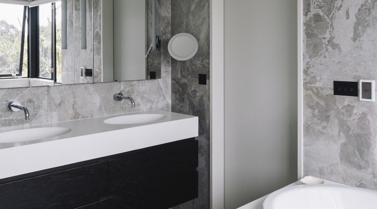 Refined Bathroom In Modest Sized Home Creates Trends