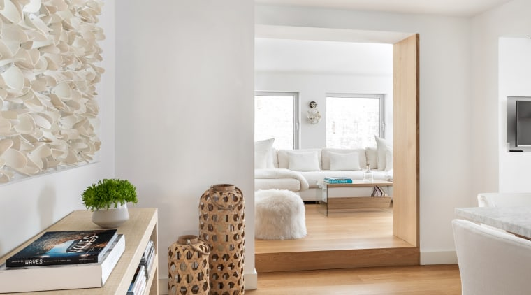 White and blond wood ideally complement each other