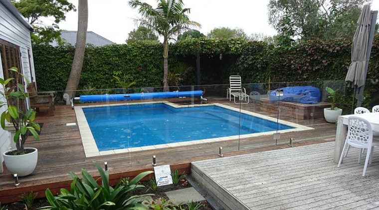 Here comes the sun - backyard | building backyard, building, composite material, home, house, leisure, leisure centre, property, real estate, rectangle, swimming machine, swimming pool, gray