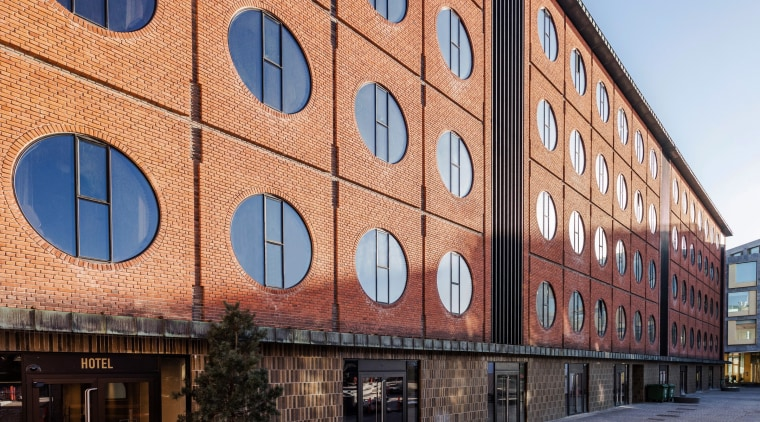 Originally, the Hotel Ottilia building was part of apartment, architecture, brick, building, city, commercial building, facade, house, mixed-use, neighbourhood, property, real estate, residential area, room, urban area