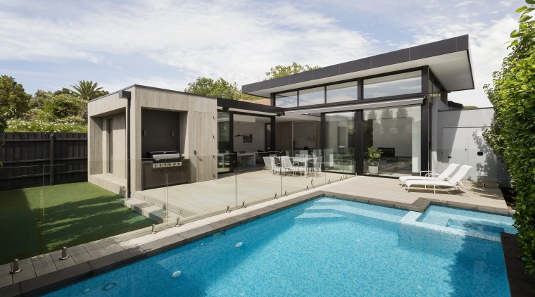 Interfering with existing architectural elements – such as architecture, backyard, facade, home, house, wimming pool, villa, window, white, indoor/outdoor flow, LSA Architects