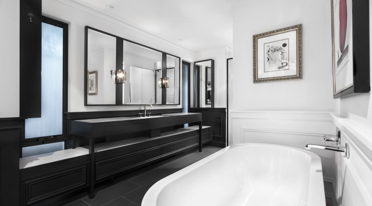 Nz3405Leonhouse–268574082–05 bathroom, floor, interior design, room, suite, white, black