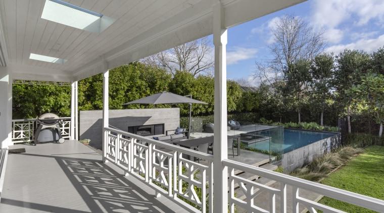 Architect Matt Brew deepened the verandas and veranda house, outdoor verandah, villa, restoration, Matt Brew Architect
