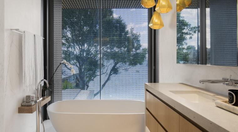 Kaynemail mesh panels placed outside this ensuite bathroom bathroom, ensuite, home, interior design, window, freestanding bath, SAOTA