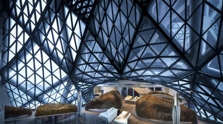 The arresting L21 Chinese restaurant sits in one architecture, building, daylighting, sky, structure, tourist attraction, black