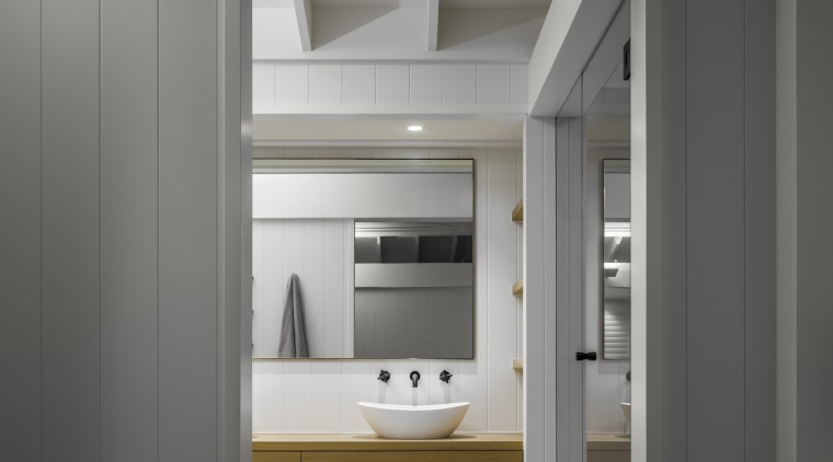 ​​​​​​​For this ensuite by Hither Consulting, the ceiling architecture, ensuite, hither consulting