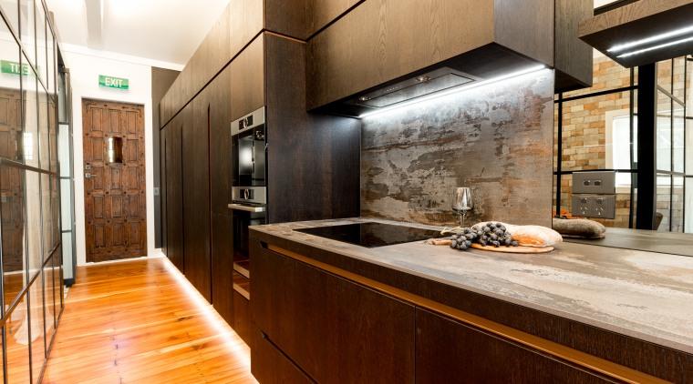 This best-of-everything kitchen by designer Leonie Hamill of
