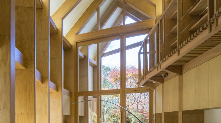 Shishi-iwa library. - Shishi-iwa House, designed by Shigeru architecture, building, ceiling, daylighting, furniture, home, house, interior design, lobby, property, real estate, room, window, yellow, brown