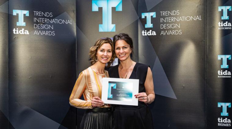 2019 TIDA New Zealand Homes presentation evening electronic device, event, technology, black, gray