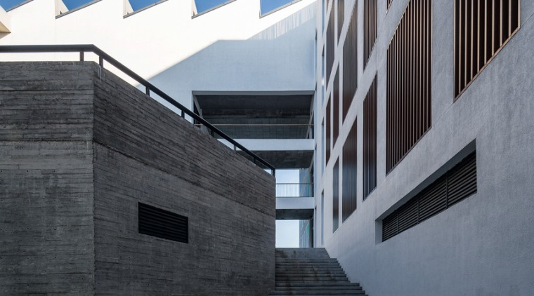 Gallery 2 - architecture | building | daylighting architecture, building, daylighting, daytime, facade, house, line, sky, structure, wall, black, gray