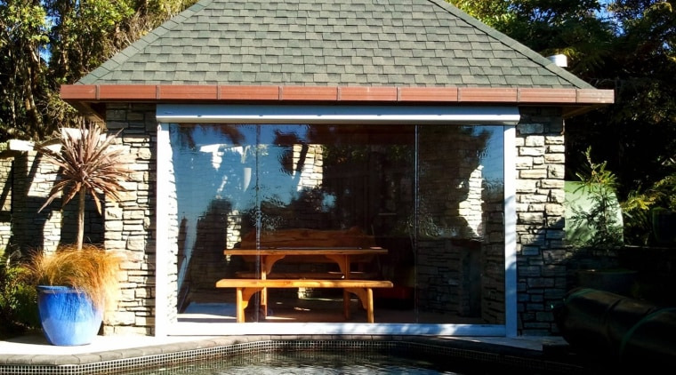 The Calido Zip Screen in clear PVC backyard, cottage, gazebo, home, house, outdoor structure, property, real estate, shed, black