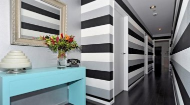 Go Horizontal interior design, gray, black