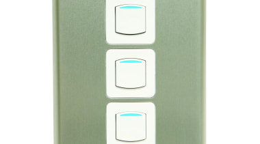 600 Series triple switch with push buttons and light switch, white, green