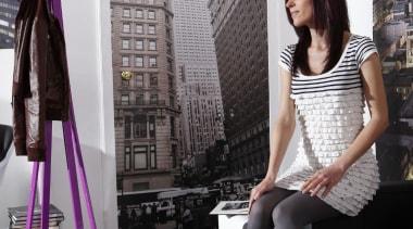 Empire Interieur fashion, furniture, girl, leg, purple, room, shoe, black, white, gray