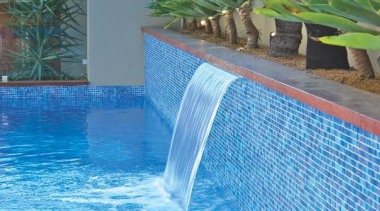 Bisazza swimming pool feature tiles leisure, majorelle blue, property, real estate, resort, swimming pool, water, water feature, water resources, watercourse, teal