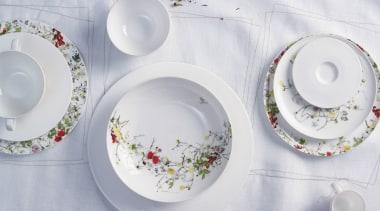 Fine China porcelain ceramic, dinnerware set, dishware, material, plate, platter, porcelain, saucer, serveware, tableware, gray