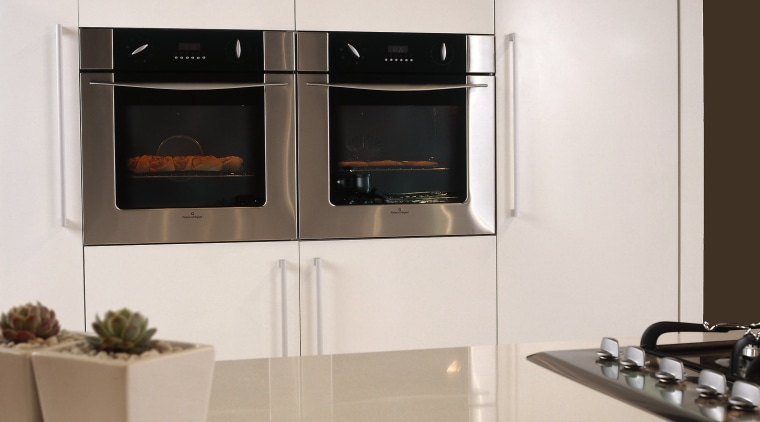 Overview of the oven appliances home appliance, kitchen, kitchen appliance, kitchen stove, major appliance, oven, product design, small appliance, gray