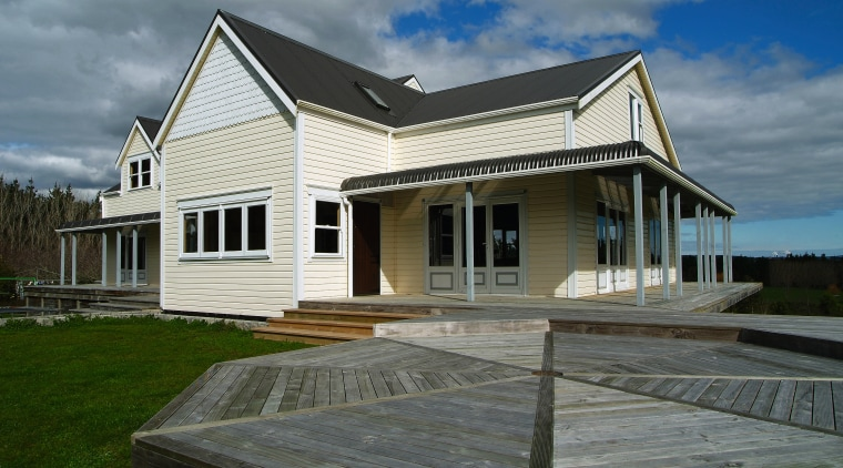Exterior view of a home which features Palliside cottage, estate, facade, farmhouse, home, house, property, real estate, roof, siding, window, gray