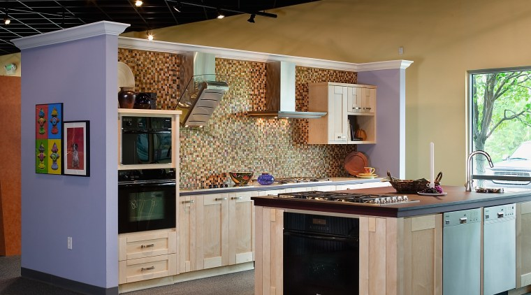 Standards of Excellence showrooms offer realistic kitchen displays countertop, interior design, kitchen, black