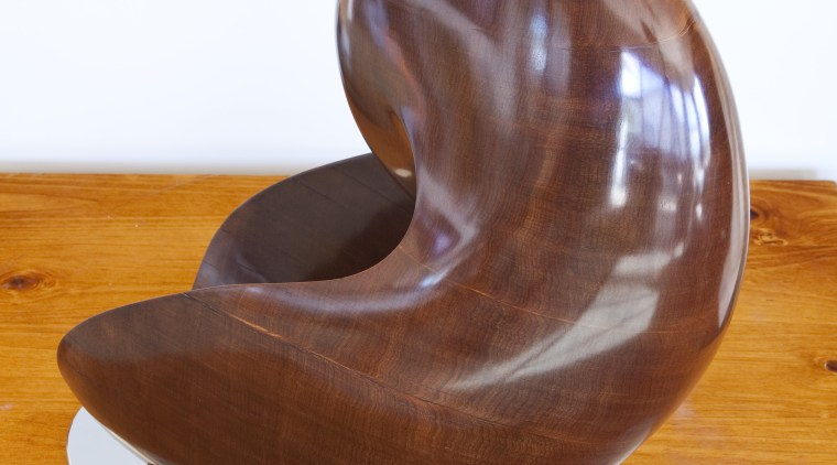 Andrew Deadman's sculpture, he won Trends Sculptor of chair, furniture, product design, white, orange