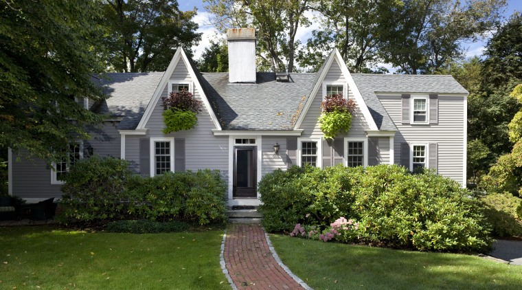 This Cape Cod-style residence was built in 1768, cottage, estate, farmhouse, historic house, home, house, landscaping, lawn, mansion, neighbourhood, outdoor structure, property, real estate, residential area, roof, siding, suburb, tree, window, yard, brown, green