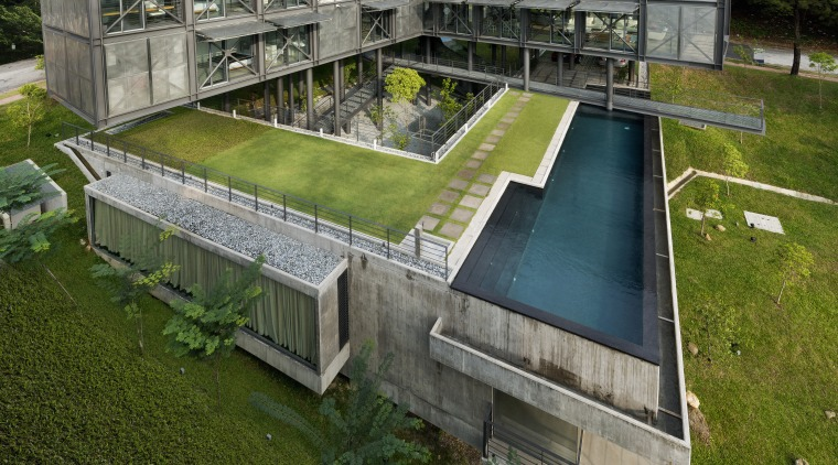 Sitting on a site that falls 11.5m from architecture, grass, plant, water, brown, gray