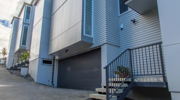 St Georges Bay Road apartments offer articulated exteriors architecture, building, facade, home, house, property, real estate, residential area, sky, gray