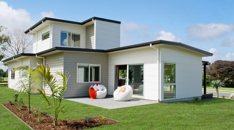 Exterior backyard, cottage, elevation, facade, grass, home, house, property, real estate, residential area, siding