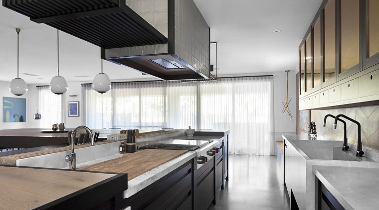 Unfitted kitchen combines organic design with a handmade architecture, countertop, daylighting, interior design, kitchen, white, gray