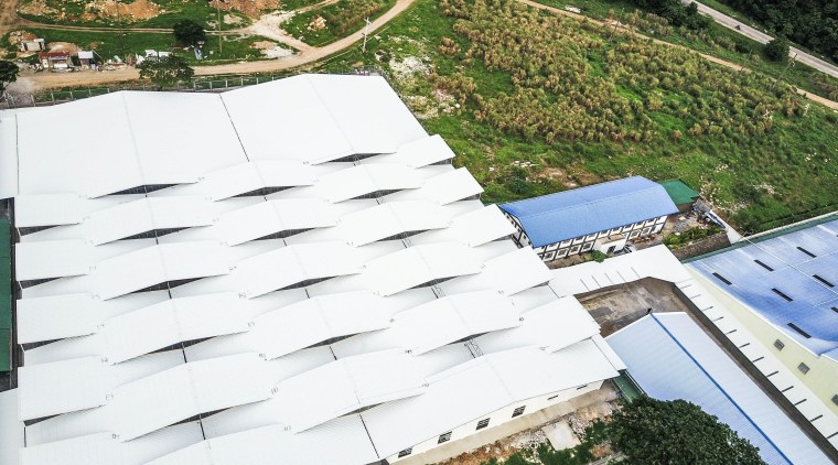 Light & Span – 1:1 aerial photography, daylighting, house, outdoor structure, property, real estate, residential area, roof, white