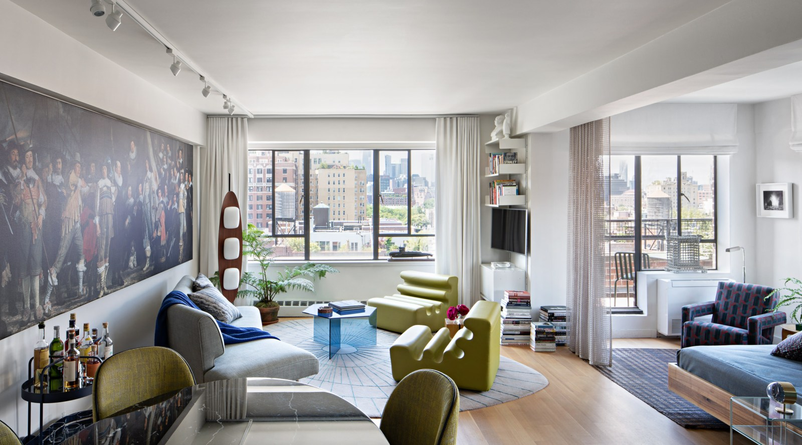 From dated NY studio to live-in showcase studio