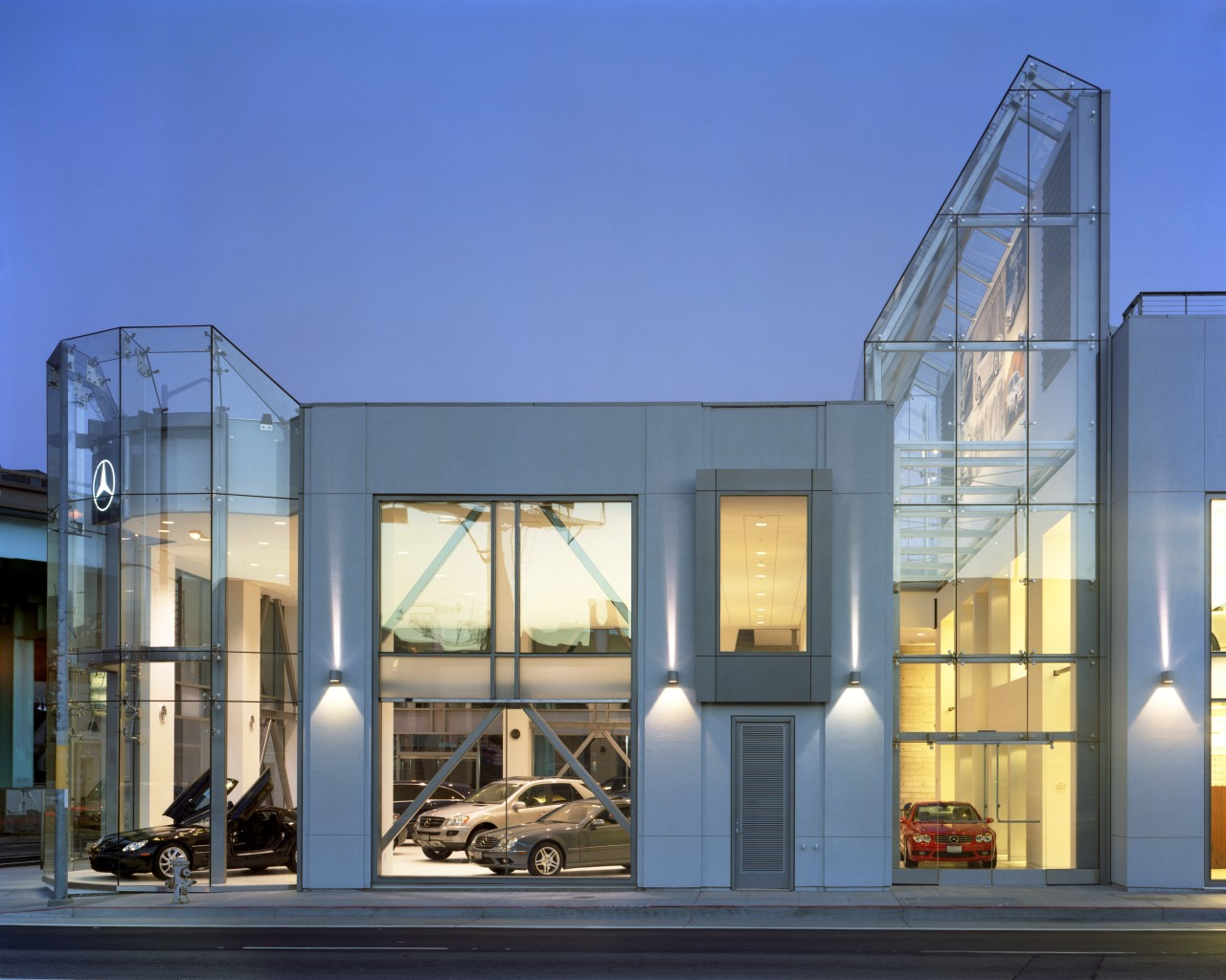 The new Mercedes-Benz San Francisco showroom and service architecture, building, commercial building, corporate headquarters, facade, home, mixed use, blue