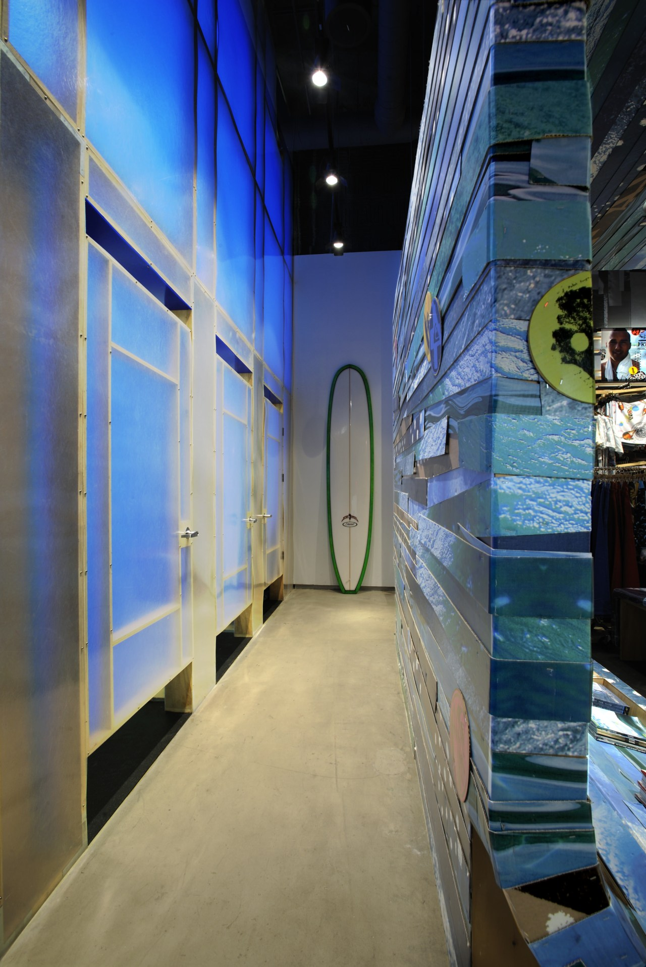 Exterior view of the dressing rooms where fibreglass architecture, blue, glass, interior design, wall
