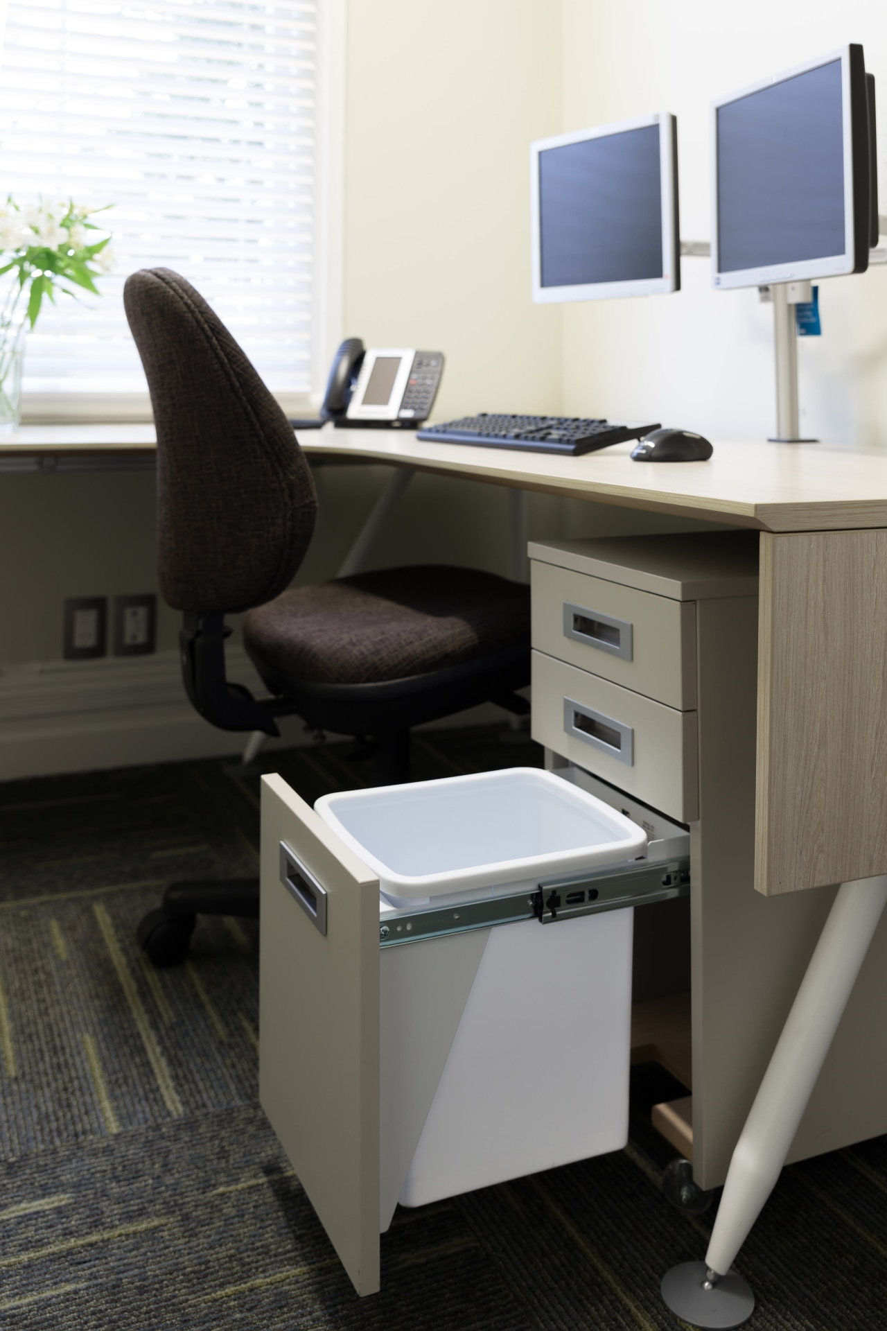 This sturdy 15L Hideaway Bin with over-extending steel desk, furniture, office, office supplies, personal computer, product, product design, black, white