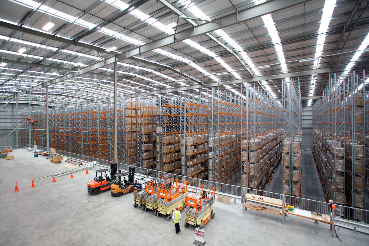 The JPL Distribution Centre was designed by Tse structure, warehouse, gray