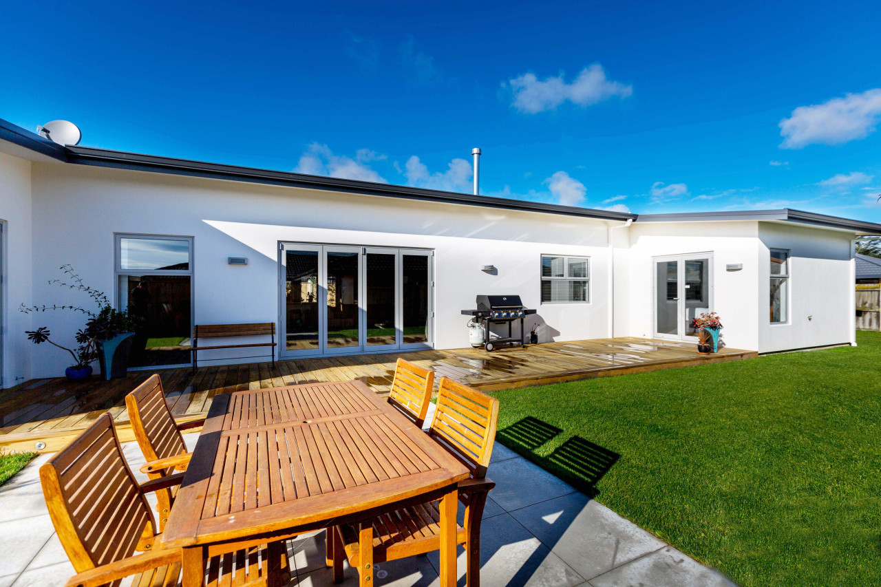 This multi award-winning house by Fowler Homes Manawatu elevation, estate, facade, home, house, property, real estate, roof, villa, window, blue