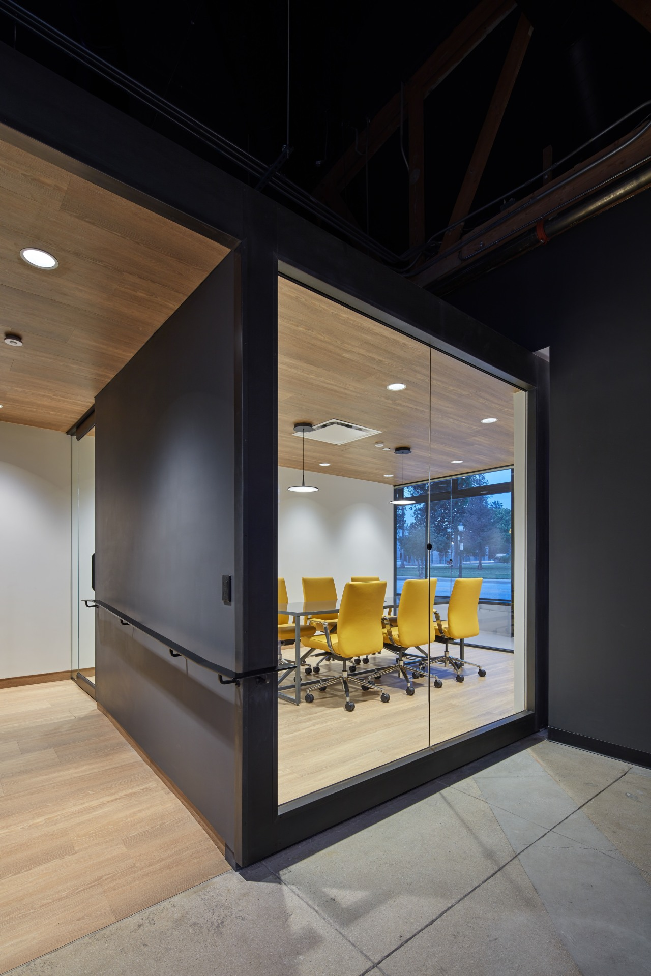 The conference room at Supplyframe DesignLab is one architecture, house, interior design, black, gray