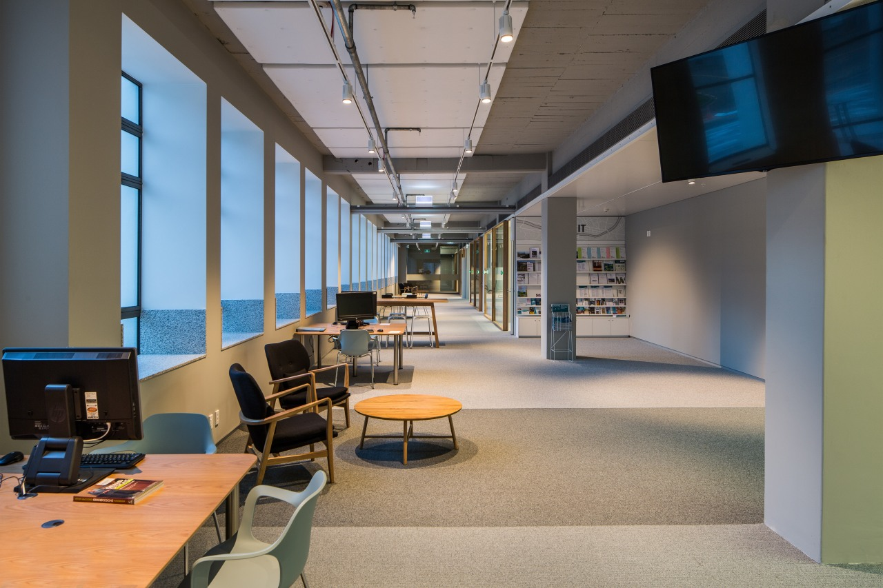 The refit of the Hutt Councils administration building ceiling, daylighting, institution, interior design, office, gray