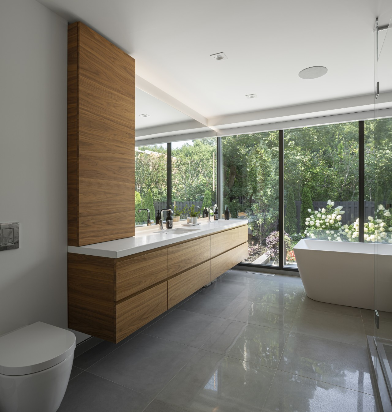Soaking in the scenery from the freestanding tub