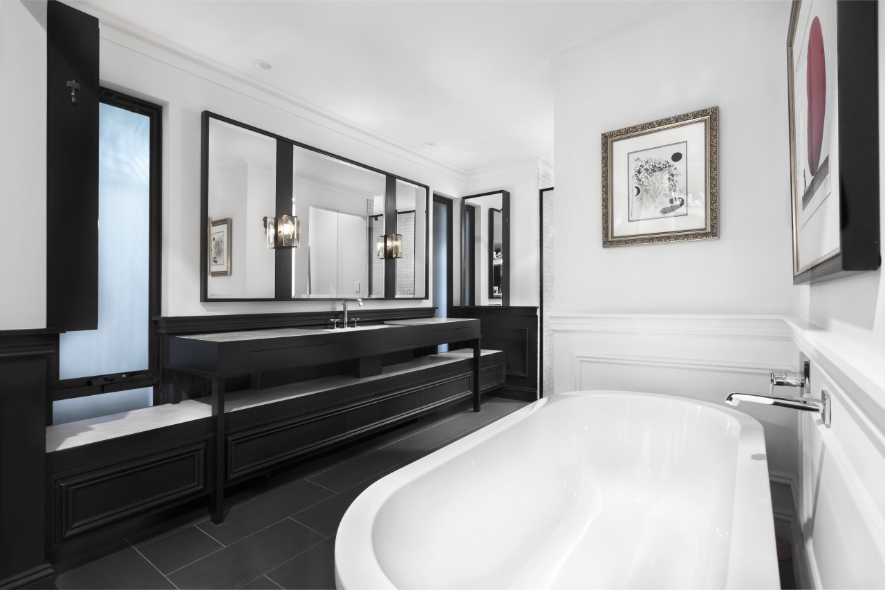 Nz3405Leonhouse–268574082–05 - bathroom | floor | interior design bathroom, floor, interior design, room, suite, white, black