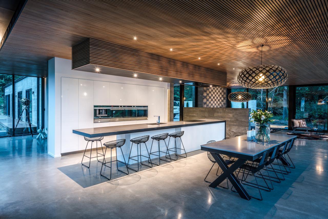 This contemporary centrepiece kitchen, by designer Kirsty Davis, architecture, house, interior design, dining table, white kitchen, contemporary kitchen, kirsty davis, kitchen designer, tile floor, bar stools