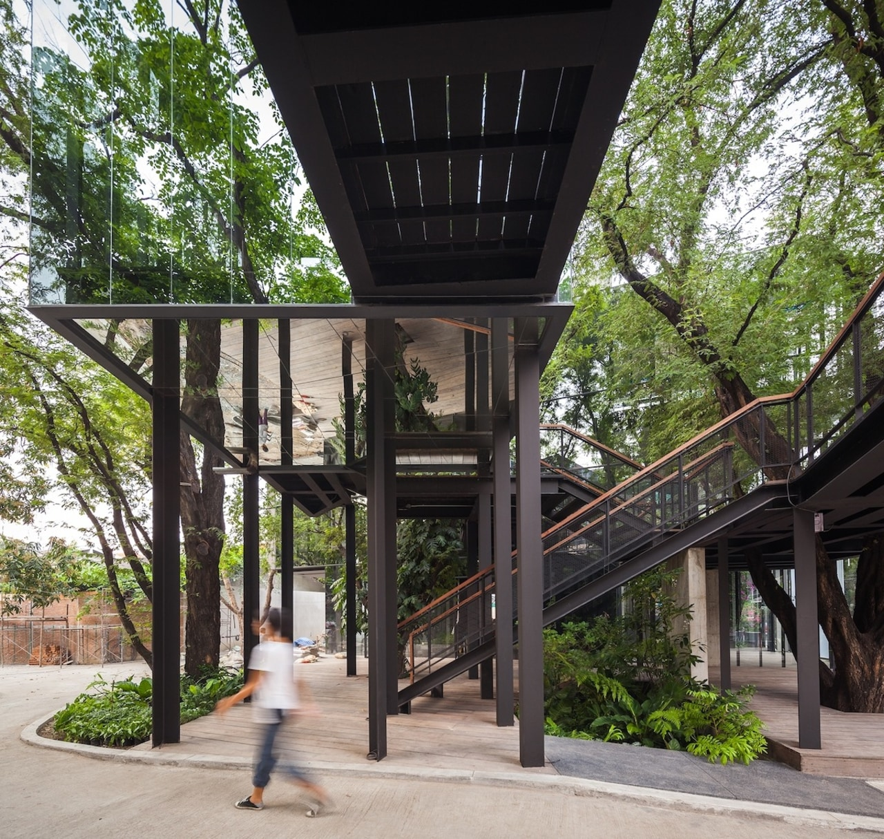 The main tree courtyard is a free and architecture, iron, structure, tree, black